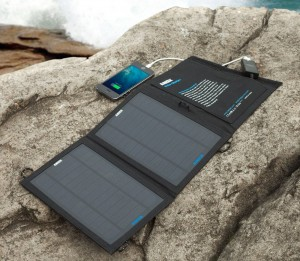 Outdoor Solar Charger for iPad iPhone